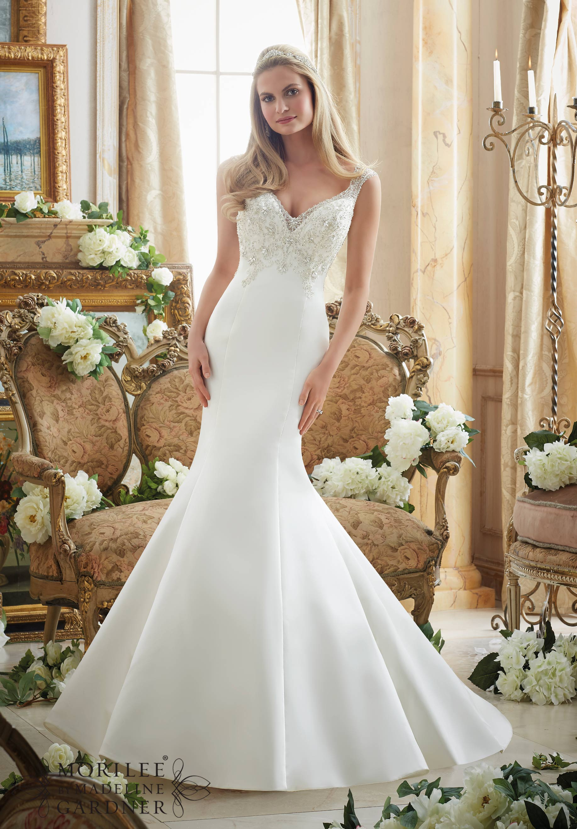 How To Choose The Right Wedding Dress Style For Your Body Shape